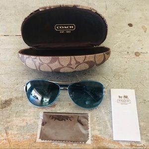 ♥️ Coach ♥️ Blue Kristina Sunglasses